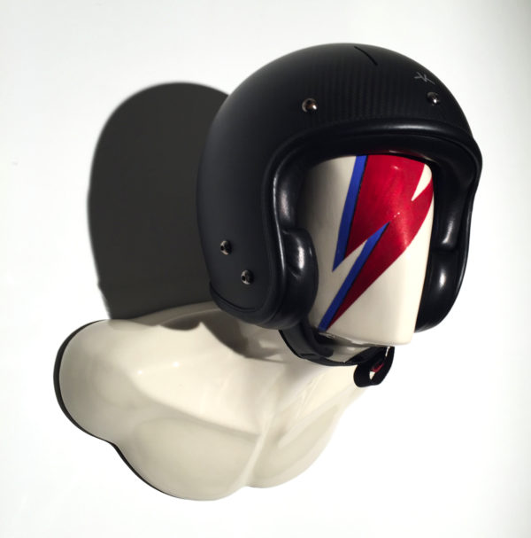 HELMET HOLDER ZIGGY BURT 01