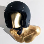 GOLD BURT HELMET HOLDER WITH CARBON VELDT HELMET 01
